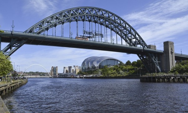 tyne-bridges-1522240_640